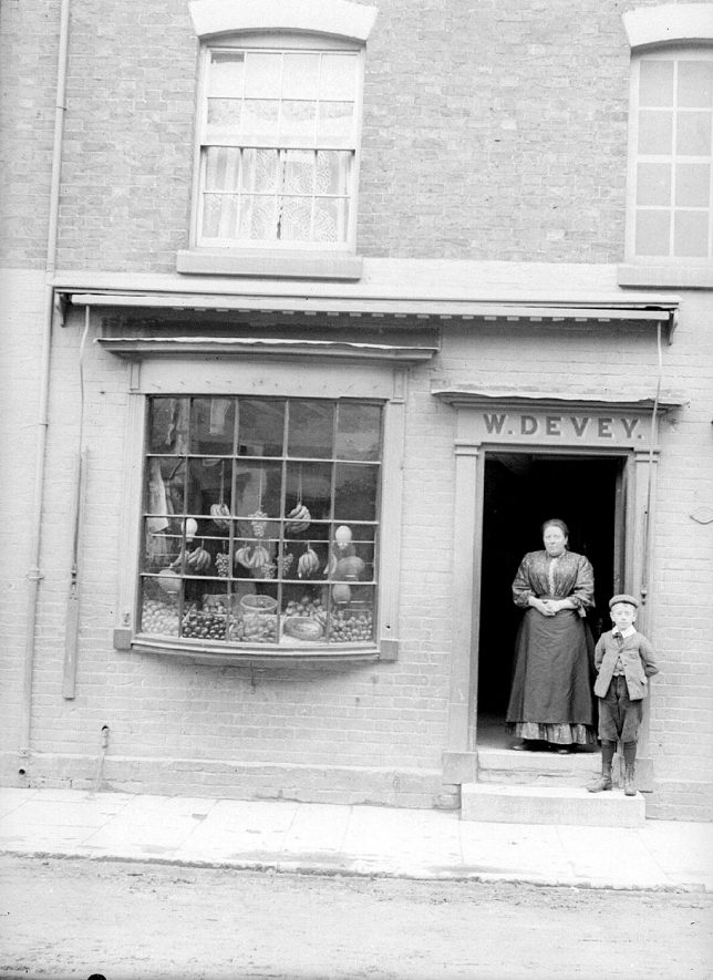 W. Devey's fruit shop in Swan Street, Alcester.  1920s |  IMAGE LOCATION: (Warwickshire County Record Office)