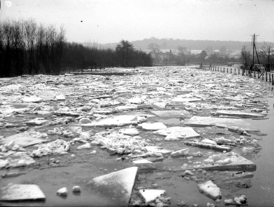 River Arrow, in Alcester, full of ice after severe weather in February 1940. |  IMAGE LOCATION: (Warwickshire County Record Office)