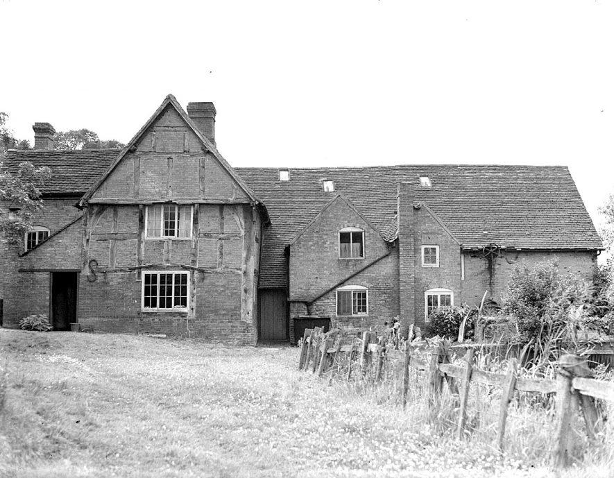 Birdingbury Mill.  1920s |  IMAGE LOCATION: (Warwickshire County Record Office)