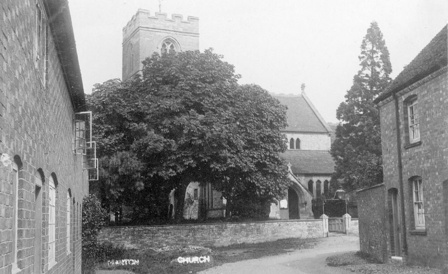 St Esprit's Church and cottages, Marton.  1900s |  IMAGE LOCATION: (Warwickshire County Record Office)