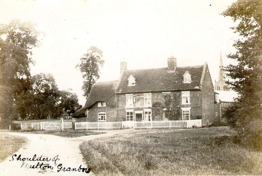 The Shoulder of Mutton public house, Grandborough.  1900s |  IMAGE LOCATION: (Warwickshire County Record Office)