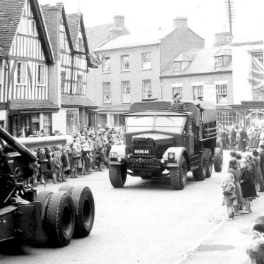 Alcester.  Military vehicle parade