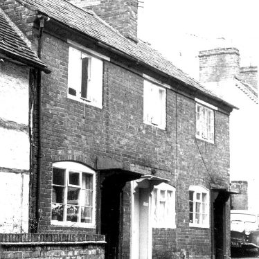 Alcester.  Malt Mill Lane