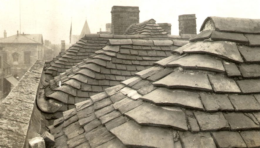 Roofs in High Street, Stratford upon Avon.  1900s |  IMAGE LOCATION: (Warwickshire County Record Office)