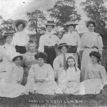 Brailes, Lower.  Ladies cricket team