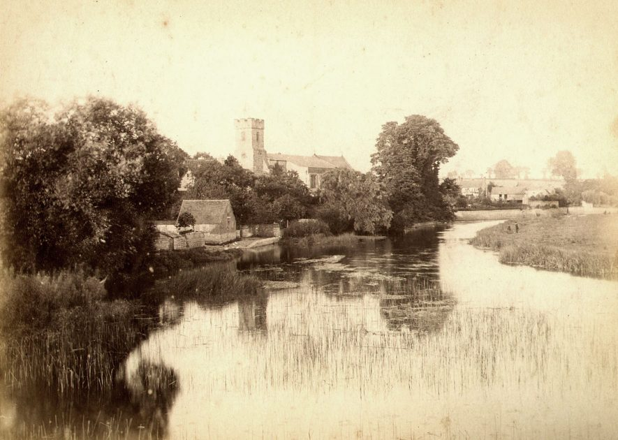 St Lawrence's church, Bidford on Avon as seen across the River Avon.  1890s |  IMAGE LOCATION: (Warwickshire County Record Office)