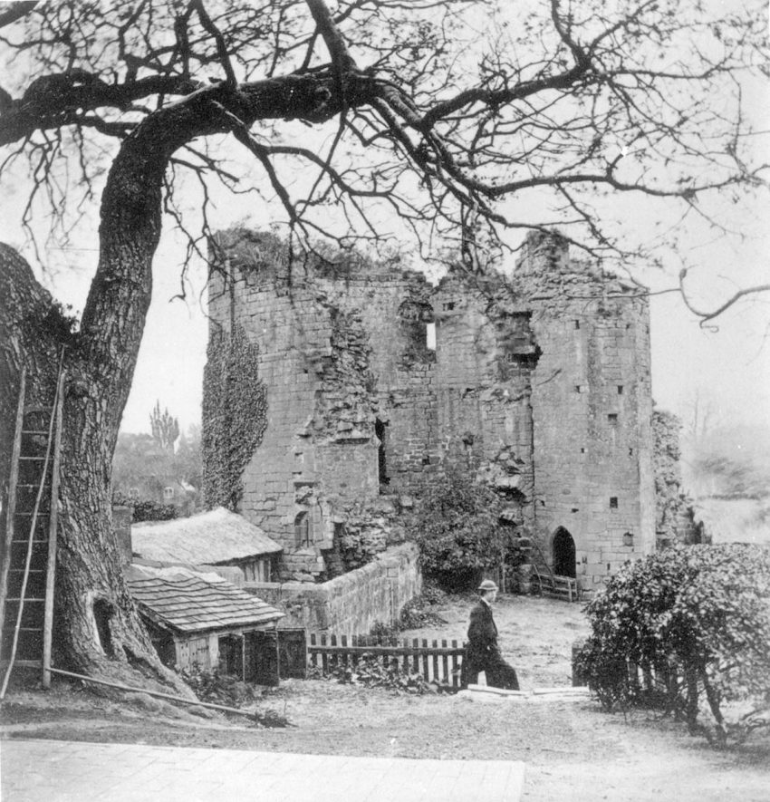 Lunn's Tower, Kenilworth Castle.  1860s |  IMAGE LOCATION: (Warwickshire County Record Office)