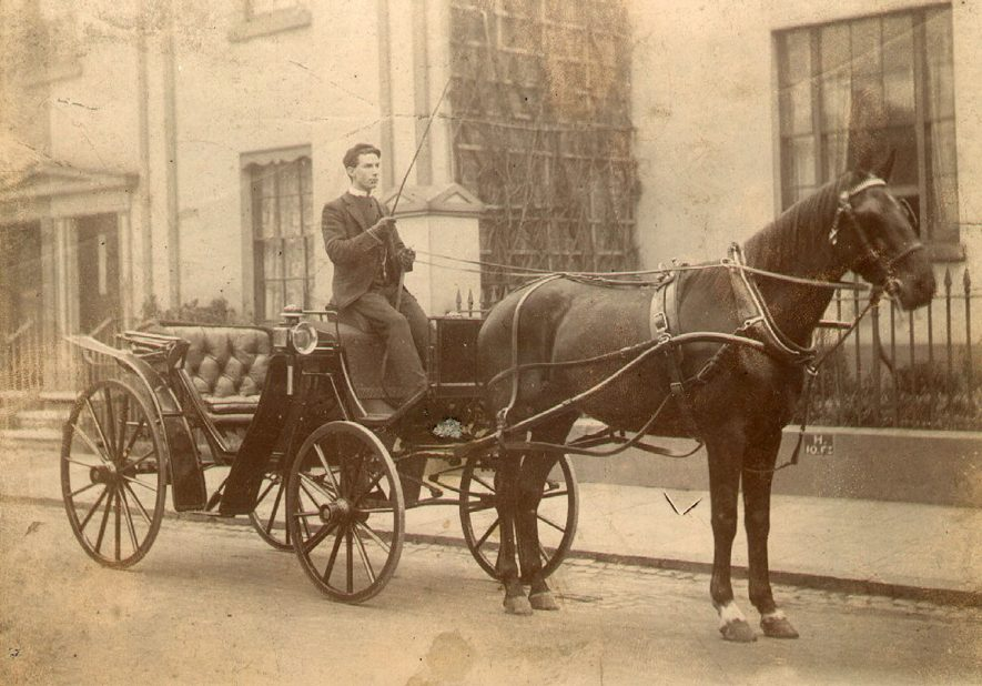 A horse and carriage in George Street, Leamington Spa.  1900 |  IMAGE LOCATION: (Warwickshire County Record Office)