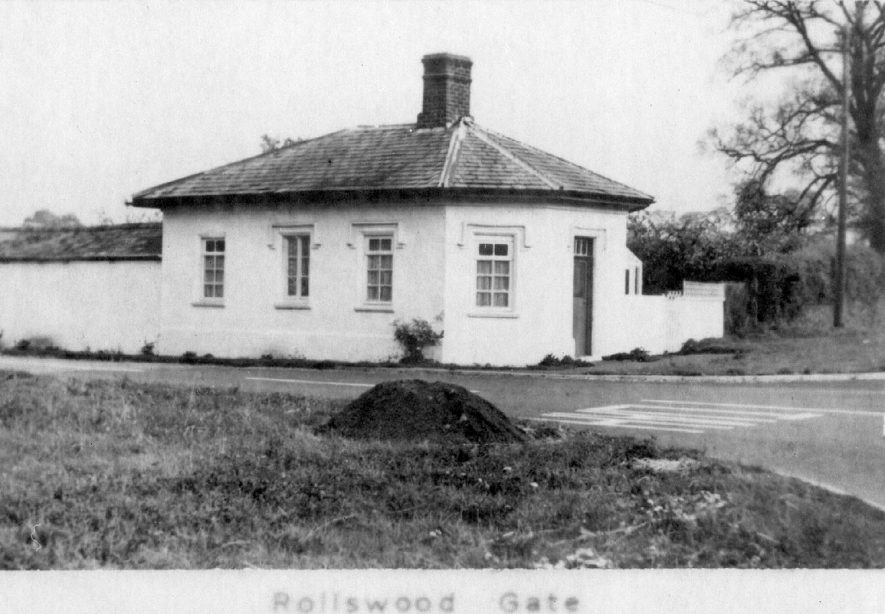 Rollswood Gate tollhouse, two and a half miles east of Alcester on A422, Alcester.  1900s |  IMAGE LOCATION: (Warwickshire County Record Office)