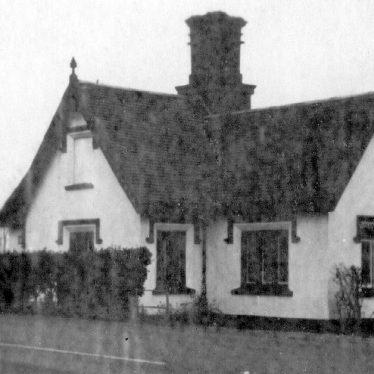 Stratford upon Avon.  Millway Gate Tollhouse