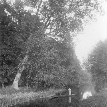 Alveston.  River Avon at Hatton Rock