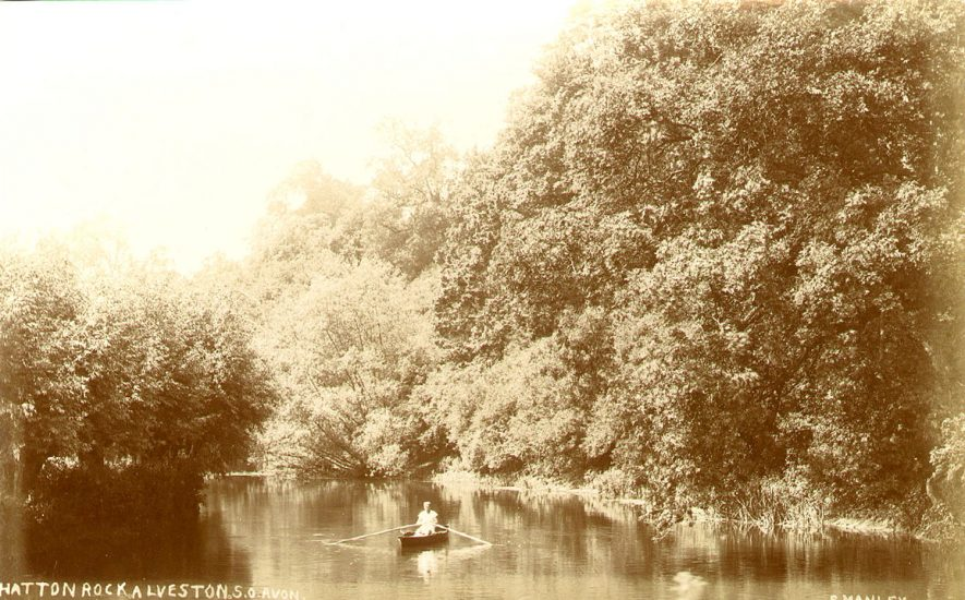 Hatton Rock by the River Avon at Alveston.  1900s |  IMAGE LOCATION: (Warwickshire County Record Office)