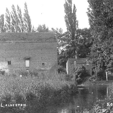 Alveston.  Old Mill