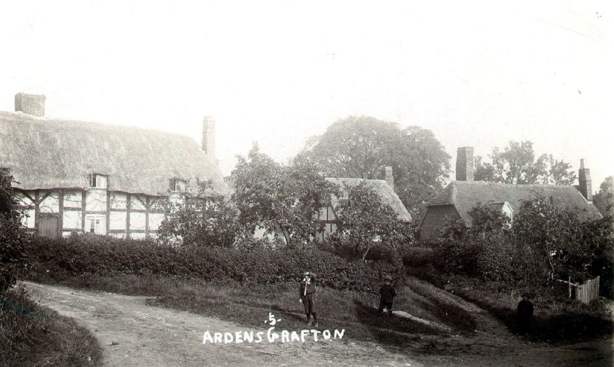 View of Ardens Grafton.  1910s |  IMAGE LOCATION: (Warwickshire County Record Office)