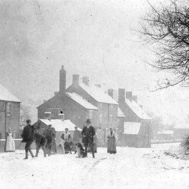 Brailes, Upper.  Cottages in the snow