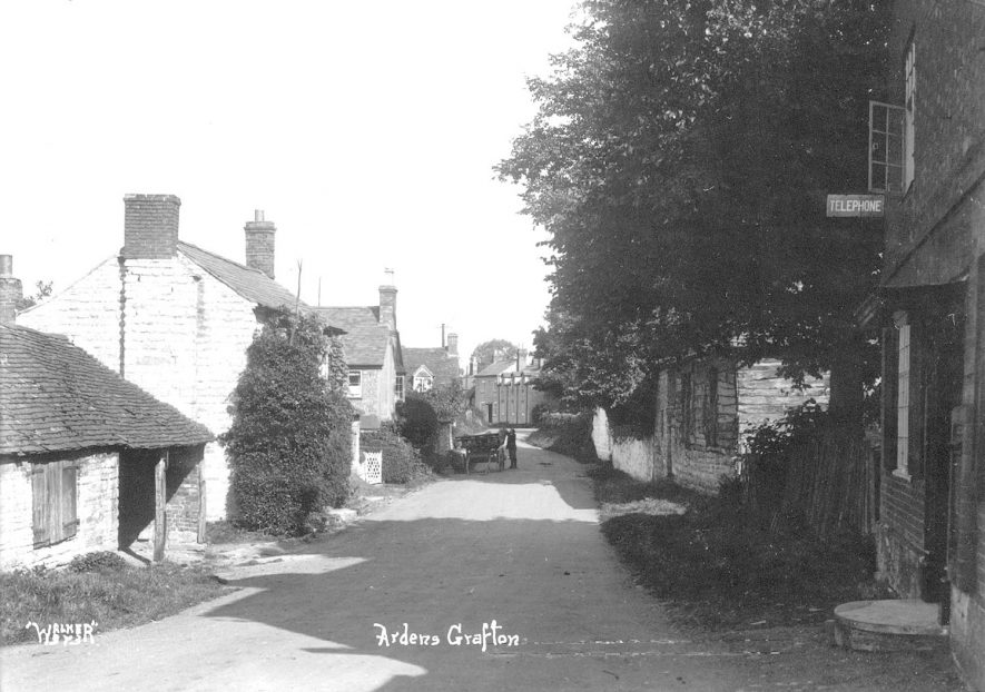 Ardens Grafton.  1920s |  IMAGE LOCATION: (Warwickshire County Record Office)