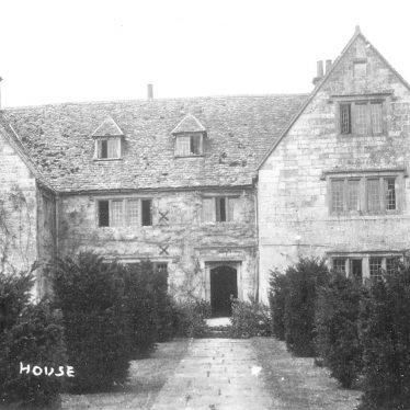 Armscote.  Armscote House