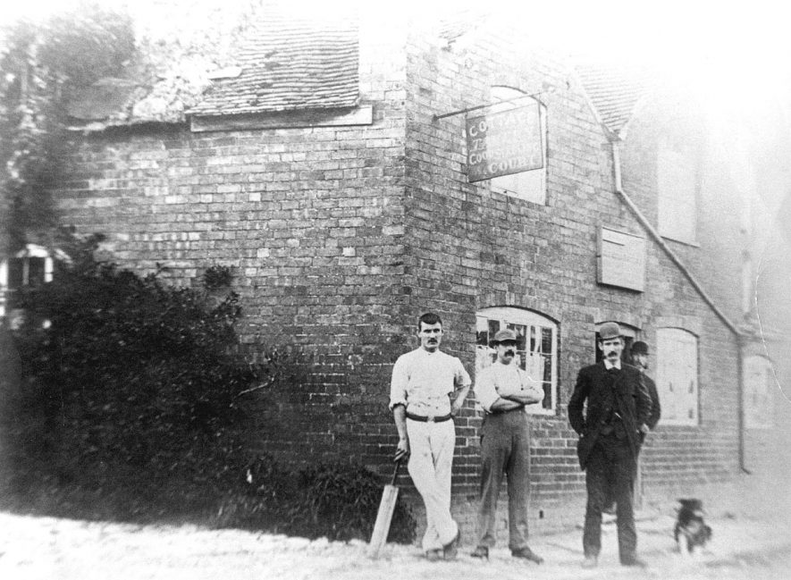 The Cottage Tavern, Ashorne.  1900 |  IMAGE LOCATION: (Warwickshire County Record Office)