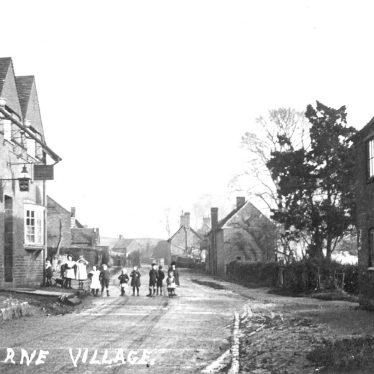 Ashorne.  Village street