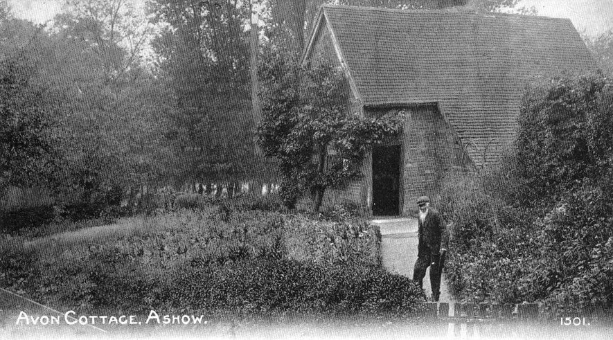 Avon Cottage, Ashow.  1910s |  IMAGE LOCATION: (Warwickshire County Record Office)
