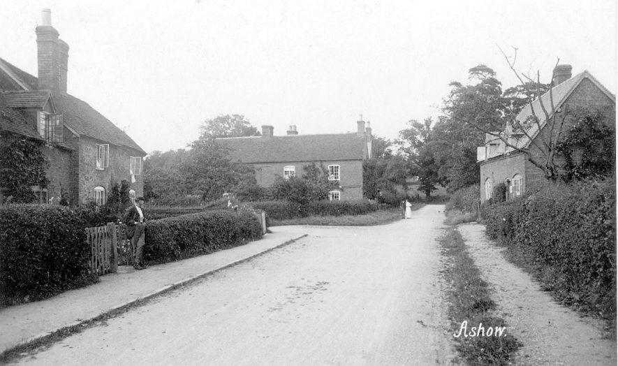 Village scene in Ashow.  1900s |  IMAGE LOCATION: (Warwickshire County Record Office)