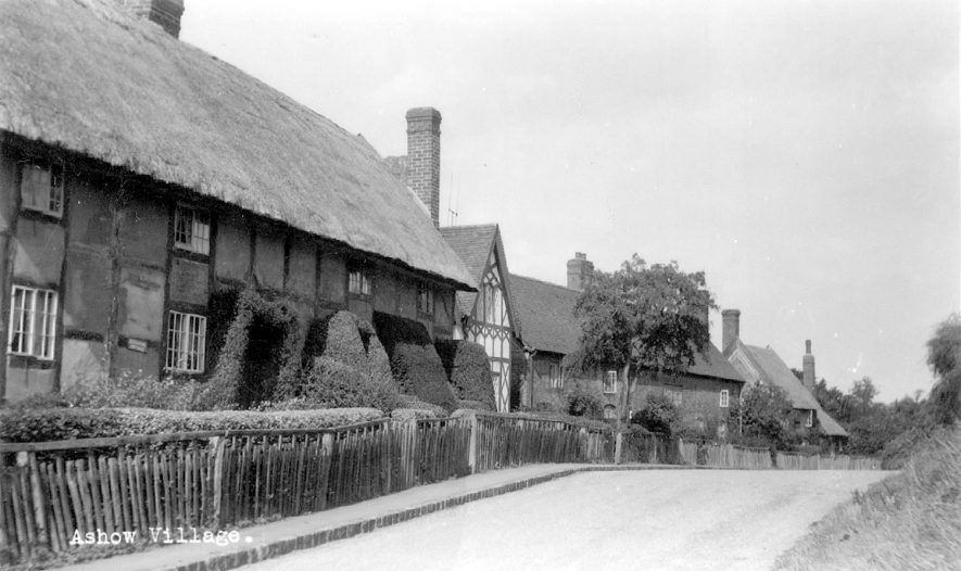Village scene in Ashow.  1950s    IMAGE LOCATION: (Warwickshire County Record Office)