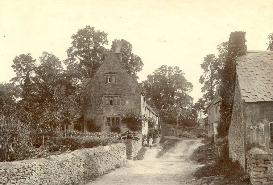 A lane and cottages in Cherington.  1895 |  IMAGE LOCATION: (Warwickshire County Record Office)