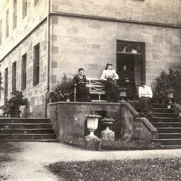 Cherington.  Cherington House [?].