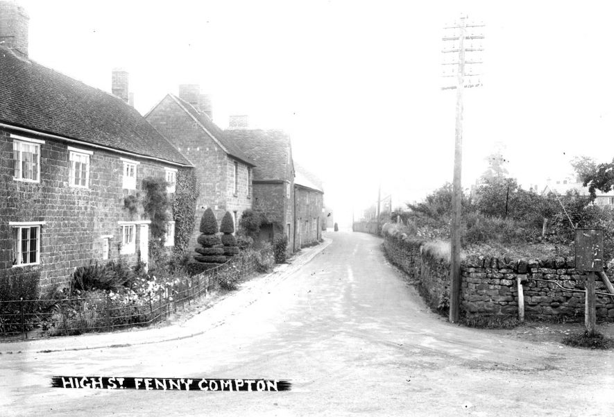 High Street, Fenny Compton.  1910s    IMAGE LOCATION: (Warwickshire County Record Office)