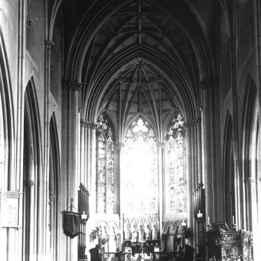 Hampton Lucy.  Church interior