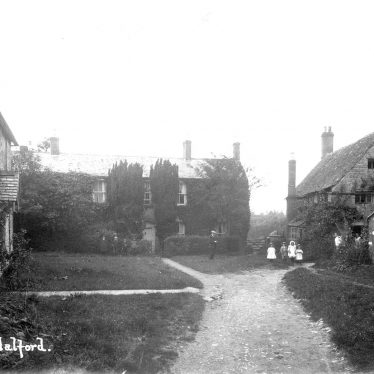 Halford.  Cottages and children