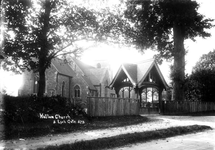Hatton parish church and lych gate.  1910s |  IMAGE LOCATION: (Warwickshire County Record Office)