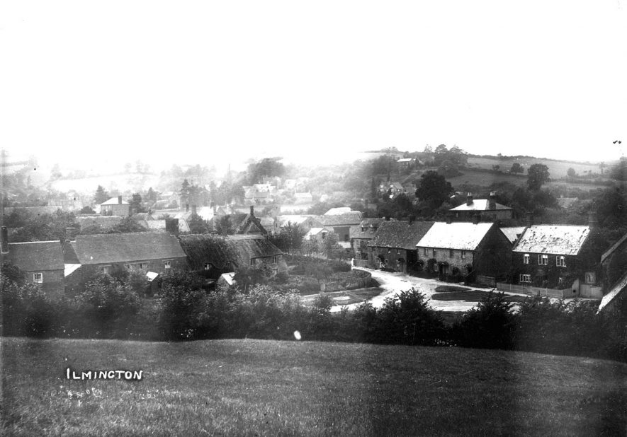 General view of the village of Ilmington.  1910s |  IMAGE LOCATION: (Warwickshire County Record Office)