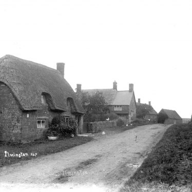 Ilmington.  Cottages