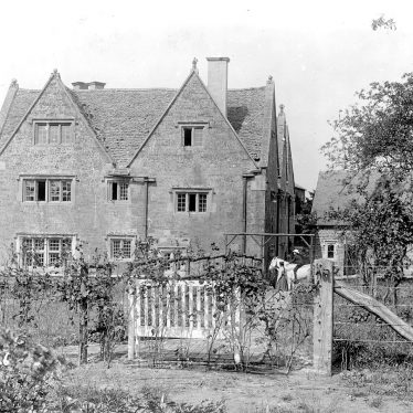 Ilmington.  Manor House
