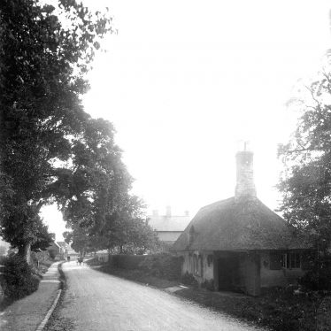 Leek Wootton.  Warwick Road