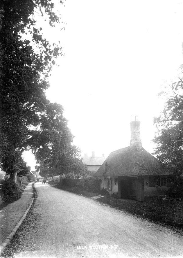 Small thatched cottage in Leek Wootton.  1900s |  IMAGE LOCATION: (Warwickshire County Record Office)