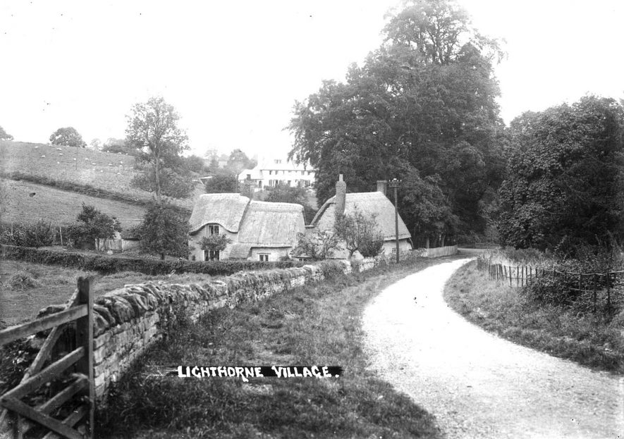 Recently re-thatched cottages in Lighthorne.  1930s |  IMAGE LOCATION: (Warwickshire County Record Office)