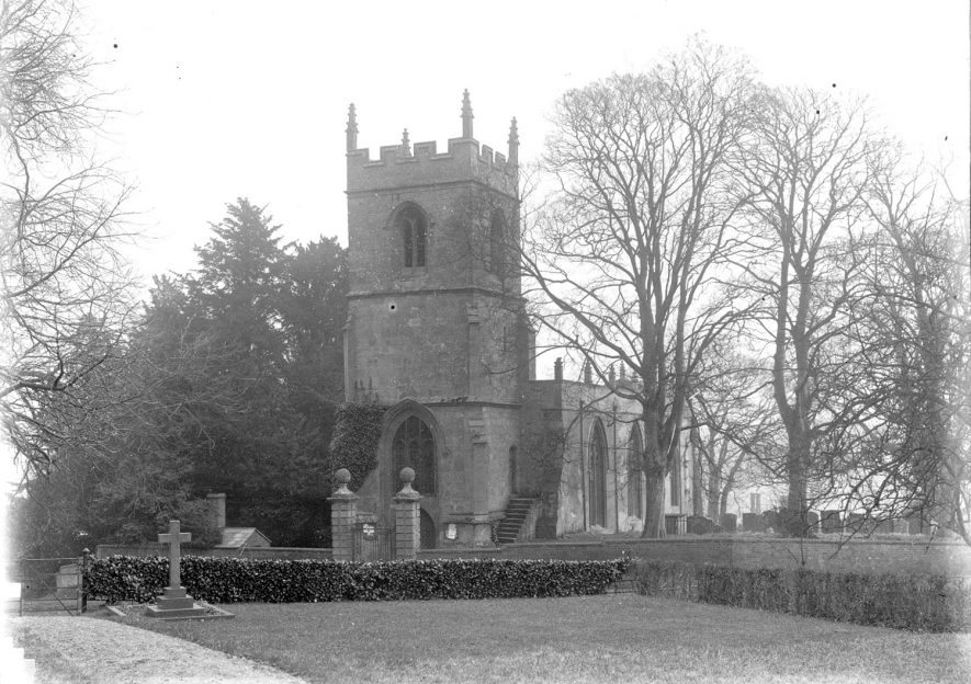 St Mary's Church, Preston on Stour.  1910s |  IMAGE LOCATION: (Warwickshire County Record Office)