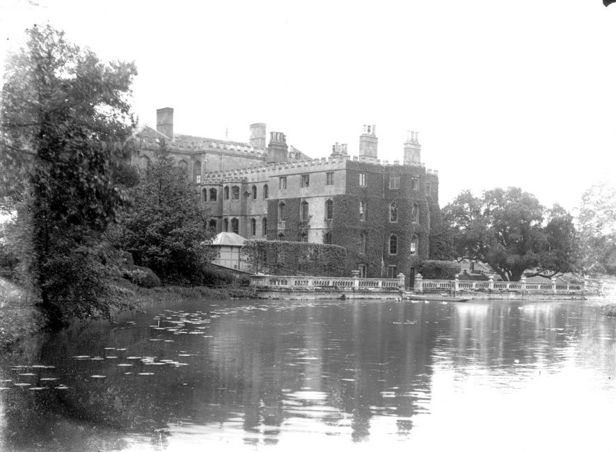 Alscot Park, Preston on Stour.  1900s |  IMAGE LOCATION: (Warwickshire County Record Office)