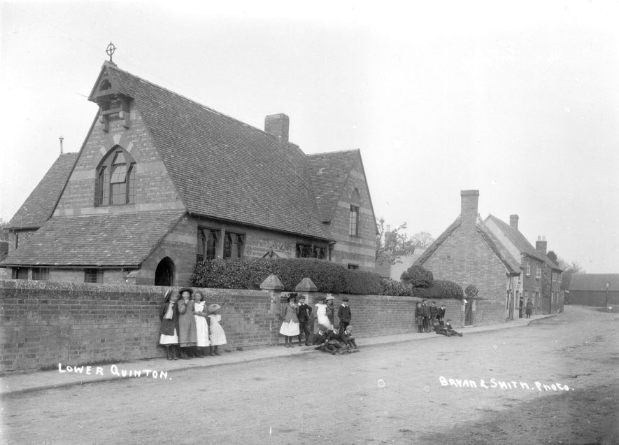Lower Quinton village school.  1910s |  IMAGE LOCATION: (Warwickshire County Record Office)