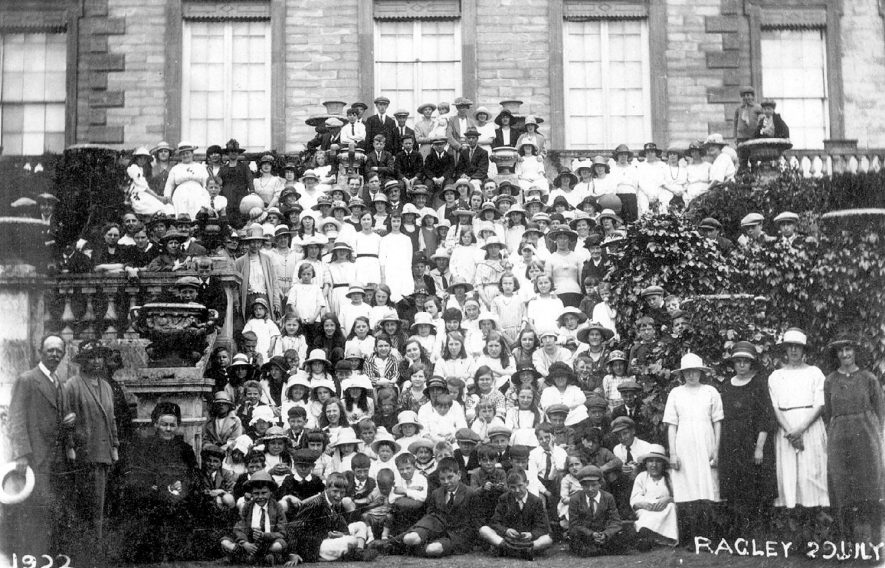 Large group of men, women and children on the steps of Ragley Hall. Possibly the event is a fete or similar.  July 20th 1922 |  IMAGE LOCATION: (Warwickshire County Record Office)
