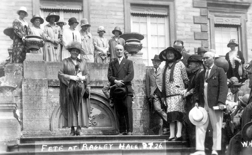 The Dowager Duchess of Westminster and [the 7th Marquis of Hertford?] on the steps of Ragley Hall at their fete in July 1926. |  IMAGE LOCATION: (Warwickshire County Record Office) PEOPLE IN PHOTO: Westminster, Dowager Duchess of, Hertford, The Marquis of