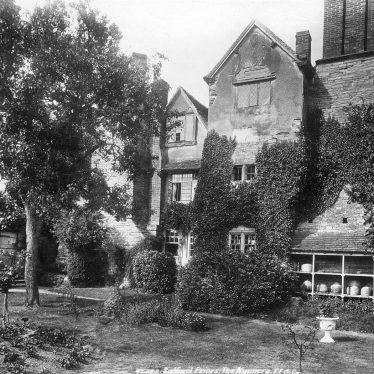 Salford Priors.  Nunnery, Salford Hall