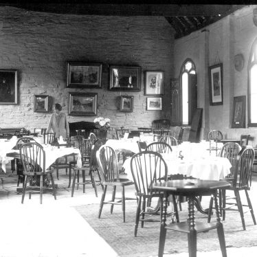 Shottery.  Tea rooms at Hathaway Farm