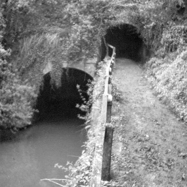 Shrewley.  Grand Union Canal tunnel