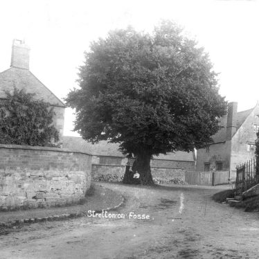 Stretton on Fosse.  Village street