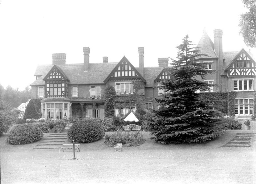 Grafton Court house and gardens, Temple Grafton.  1900s