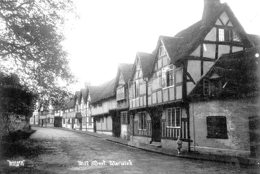Old timbered houses in Mill Street, Warwick.  1930s |  IMAGE LOCATION: (Warwickshire County Record Office)