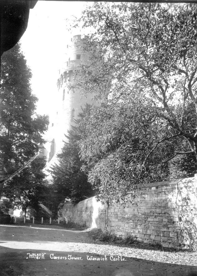 Caesar's Tower, Warwick Castle.  1930s    IMAGE LOCATION: (Warwickshire County Record Office)